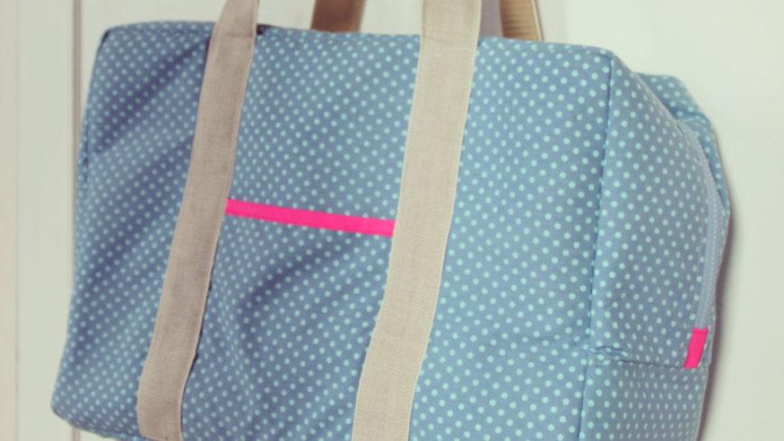 Atelier couture : sac de transport machine